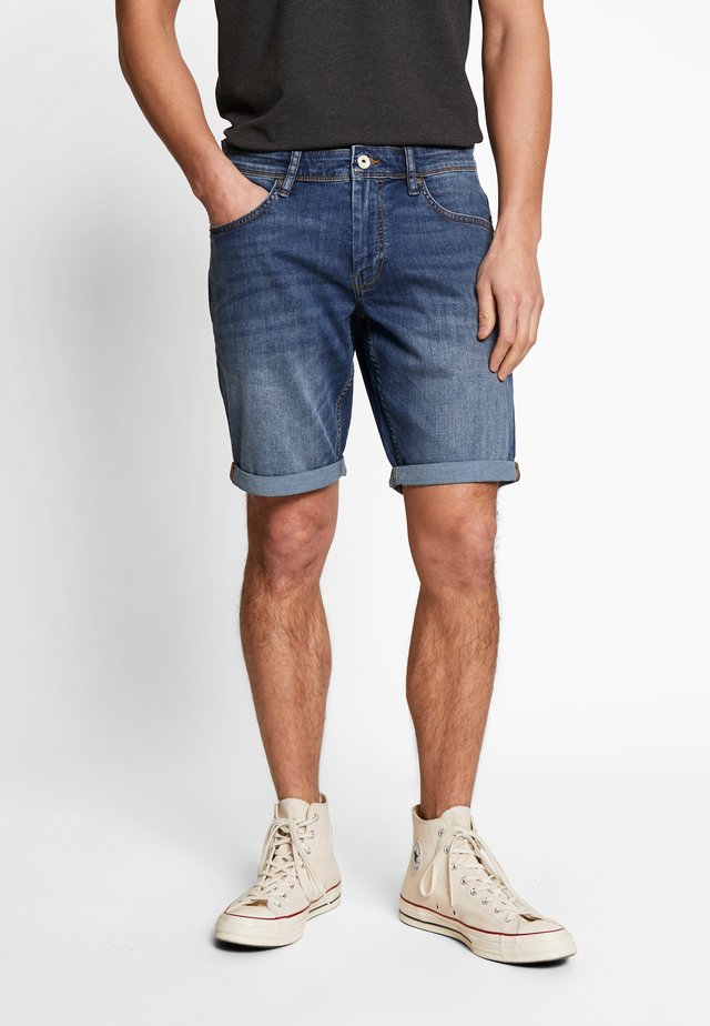 ROCLAIRBM - Jeansshorts - double stone