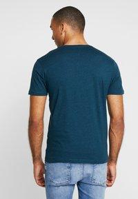 CELIO - T-shirt basique - green melange - 2