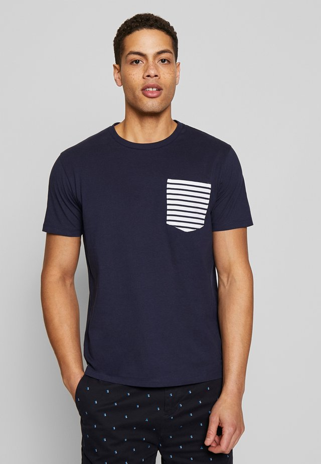 REMATELOT - T-shirt z nadrukiem - navy blue