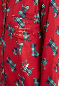 Chelsea Peers - TARTAN SCOTTY DOG LONG SET - Pyžamová sada - burgandy - 4