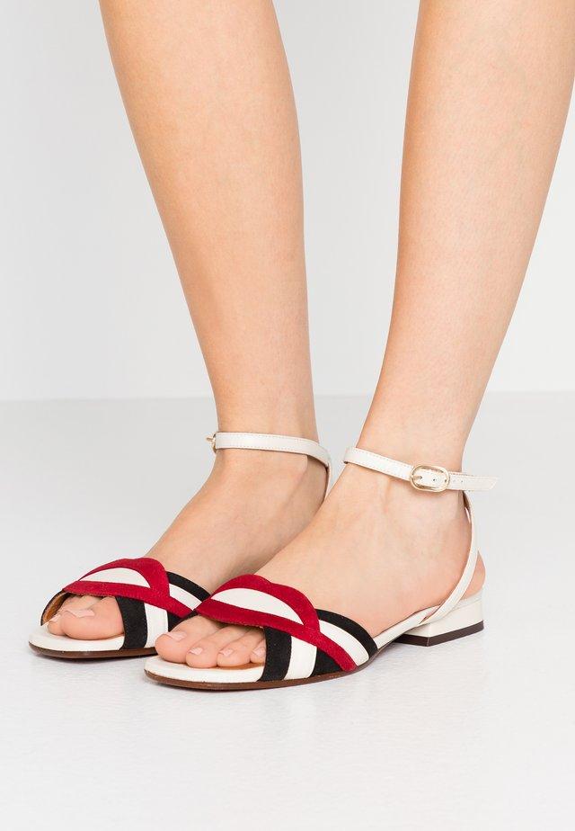 TIMAI - Sandals - rojo/freya leche/shaddai oro