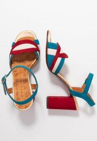 Chie Mihara - BATILO - Sandály na vysokém podpatku - rojo/freya leche/blue/shaddai oro - 3
