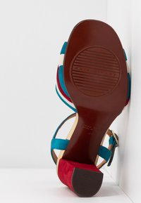 Chie Mihara - BATILO - High heeled sandals - rojo/freya leche/blue/shaddai oro - 6