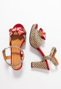 Chie Mihara - EKUNE - High heeled sandals - natur/rojo - 3