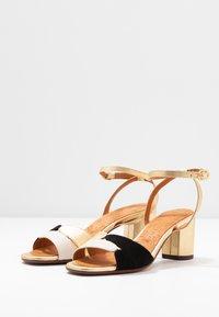 Chie Mihara - LUCANO - Sandals - leche/oro - 4