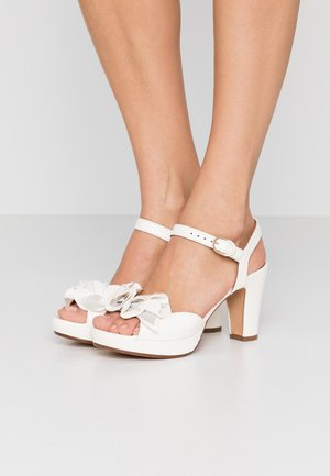 BRI-EKUNE - High heeled sandals - leche