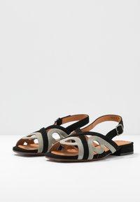 Chie Mihara - TABATA - Sandals - cement - 4