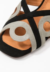 Chie Mihara - TABATA - Sandals - cement - 2