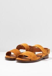 Chie Mihara - WADEL - Sandals - cognac - 4