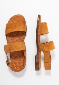 Chie Mihara - WADEL - Sandals - cognac - 3