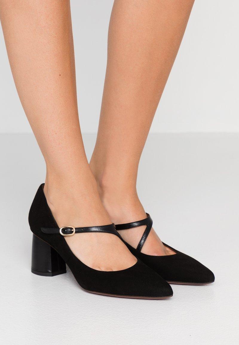 Chie Mihara - LUNIA - Classic heels - black