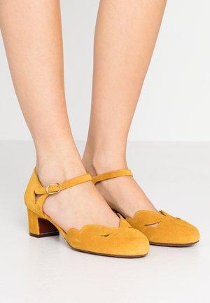 UKO - Classic heels - zeus ocre