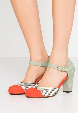 UCIEL - Classic heels - russo/salvia