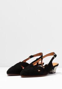 Chie Mihara - Classic heels - natur - 4