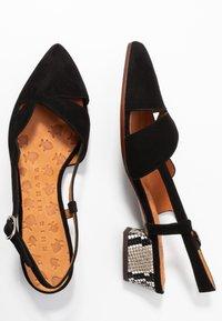 Chie Mihara - Classic heels - natur - 3