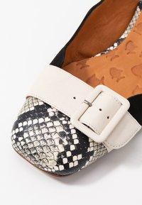 Chie Mihara - PERLA - Classic heels - mambo nutur/barna leche - 2