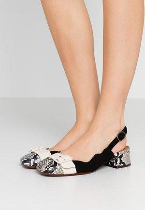 PERLA - Classic heels - mambo nutur/barna leche