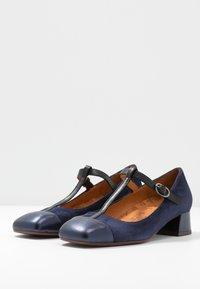 Chie Mihara - PEGASO - Classic heels - navy/nuit - 4