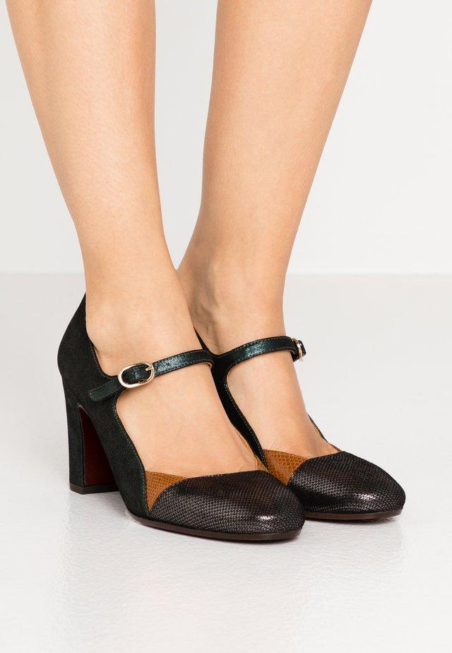 WANEL - Classic heels - palais cognac/lame verde
