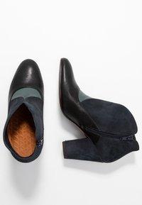 Chie Mihara - ELGI - Boots à talons - pizarera/storm - 3