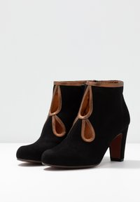 Chie Mihara - KOSPI - Boots à talons - black/picasso bronce - 4