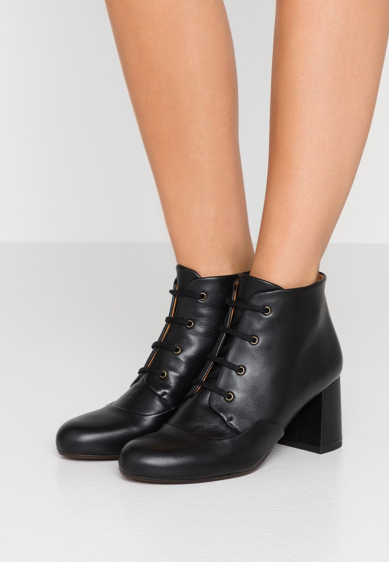Chie Mihara - MORA - Ankle boots - black