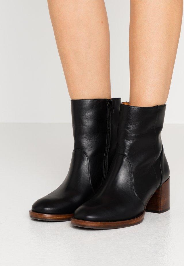 TULA - Classic ankle boots - troka