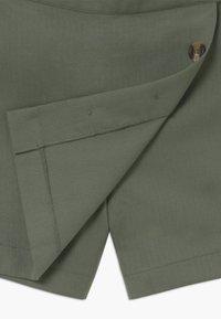 Chipie - JUPE - Shorts - kaki - 4