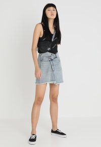 Cheap Monday - SLANT SKIRT - Farkkuhame - hex blue - 1