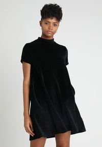 Cheap Monday - MYSTIC DRESS - Vapaa-ajan mekko - black - 0