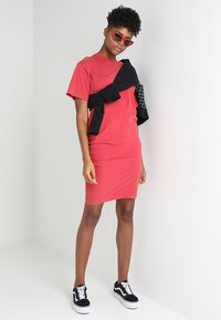 Cheap Monday - BLEAK DRESS - Vestito di maglina - fiction red - 1