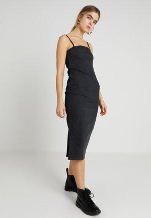 TRICK DRESS - Vestito lungo - black