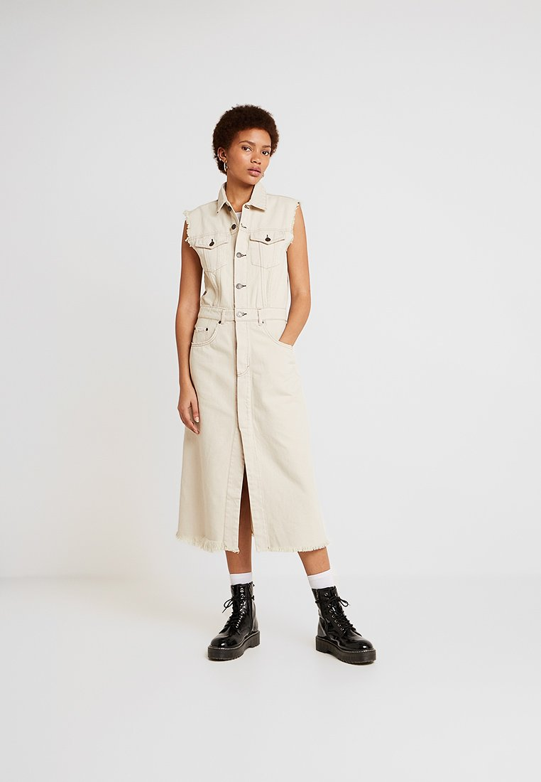 Cheap Monday - JINX DRESS - Jeanskleid - dirty white