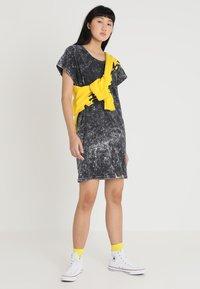 Cheap Monday - MEDIA WASH DRESS - Vestito di maglina - black - 1