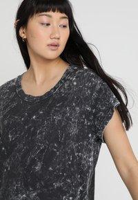 Cheap Monday - MEDIA WASH DRESS - Vestito di maglina - black - 3