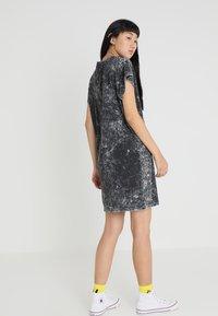 Cheap Monday - MEDIA WASH DRESS - Vestito di maglina - black - 2