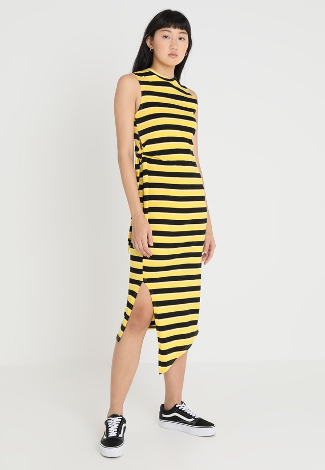 CURLE STRIPE DRESS - Robe longue - solarylw