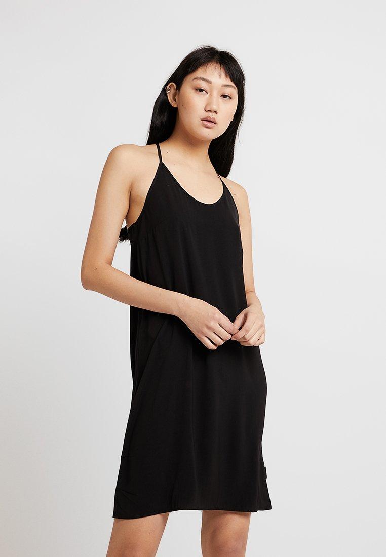 Cheap Monday - GENTLE DRESS TARTAN CHECK - Vapaa-ajan mekko - black