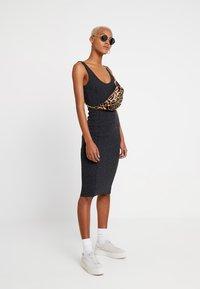 Cheap Monday - ESSENCE DRESS - Tubino - black - 2