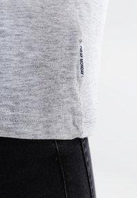 Cheap Monday - DIG  - T-shirt basic - mottled grey - 4