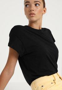Cheap Monday - SCREEN - T-shirt basic - black - 4