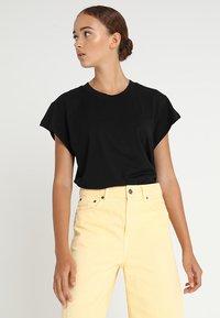 Cheap Monday - SCREEN - T-shirt basic - black - 0