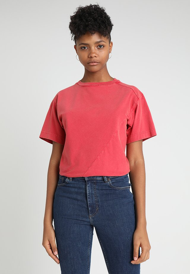 SHOCK BODYSUIT - T-shirt basic - fiction red