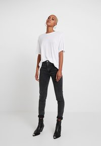 Cheap Monday - PERFECT SLICE TEE - Print T-shirt - white - 1