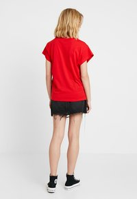 Cheap Monday - SCREEN  - T-shirt basic - scarletred