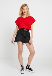 Cheap Monday - SCREEN  - T-shirt basic - scarletred - 1