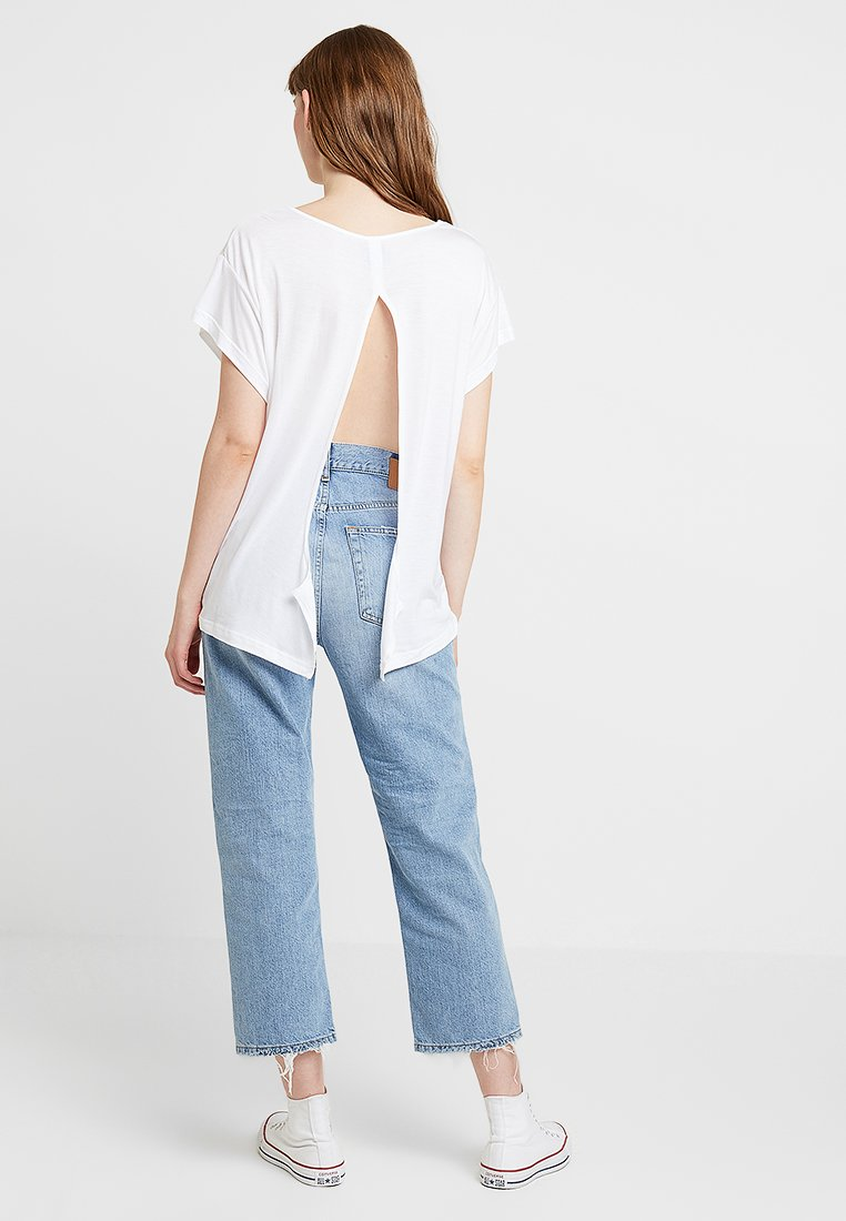 Cheap Monday - SCREEN KNOT - T-shirt con stampa - white