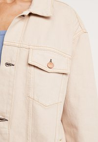 Cheap Monday - UPSIZE JACKET - Giacca di jeans - off pink - 5