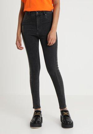 HIGH SPRAY GAFFA SMOKE TAPE - Jeans slim fit - black