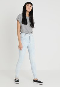 Cheap Monday - HIGH SPRAY - Jeggings - blue spider - 1